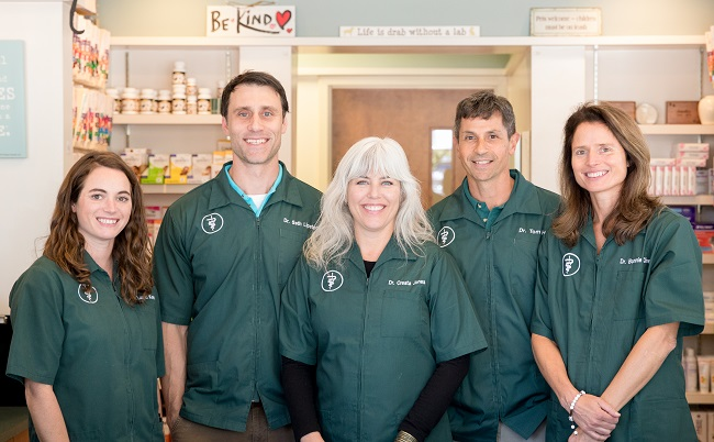 The best veterinarians in Richmond at our animal hospital.